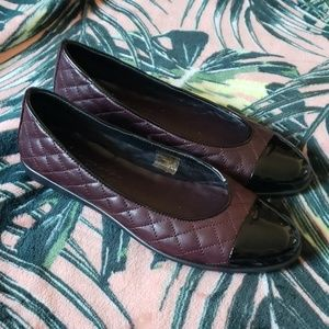 THE FLEXX Burgundy Quilted Flats Size 5 1/2